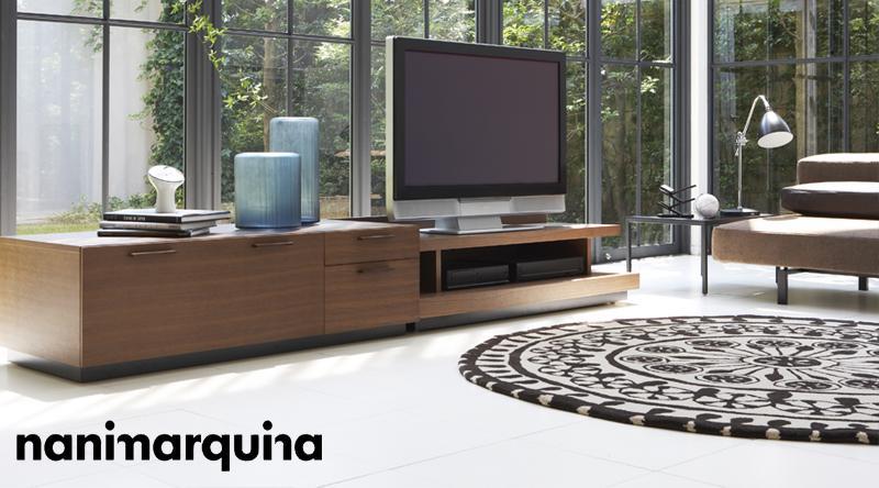 nanimarquina (ナニマルキーナ) 看板