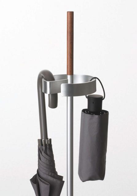折り畳み傘も収納可