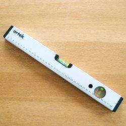 水準器 40cm  (Artek / アルテック)