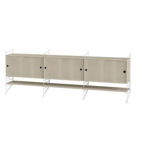 キャビネット+フロアパネル W240×D30×H85cm / ウッド (String Bundles Living / ..by String Furniture)