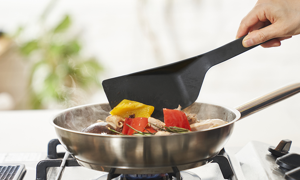 調理道具を替える手間も、片付けもスマートに